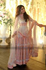 urwa hocane wedding anarkali pakistani couture nomi ansari