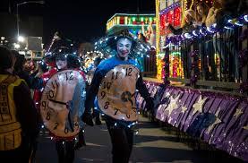 denver parade of lights 2017 9news parade of lights thrills large crowds in downtown denver on