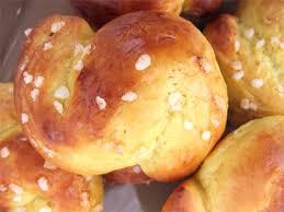 cuisine au safran petites brioches scandinaves au safran et aux raisins secs