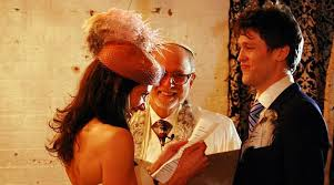 Why Us  Jews tend to get married later  which is a factor in the