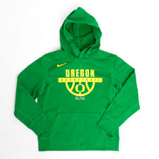 youth kelly green nike or basketball hoop therma hoodie