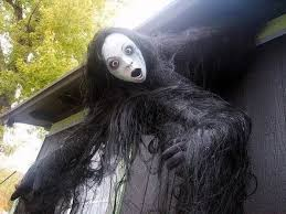 Extreme Outdoor Halloween Decorations by Scary Decorations Halloween Decorations Martha Stewart Halloween