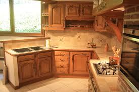 cuisine rustique chene cuisine cuisine ã quipã e rustique chene cuisine rustique repeinte