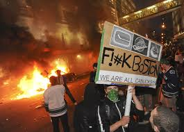 Vancouver Riot Kiss Meme - photos riots fire destruction after vancouver s loss national post