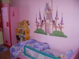 chambre fille disney chambre fille princesse disney pack complet lit princesse ptit bed