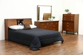 mid century bedroom furniture tags best ideas of mid century full size of bedroom best ideas of mid century modern bedroom dressers blue bedroom interior