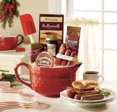 bacon gift basket breakfast gift basket ideas bacon and beyond swiss colony