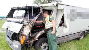 Zulassung Bad Aibling Raubling Geldtransporter Und Lkw In Unfall Auf A8 Verwickelt