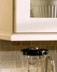 Kitchen Cabinet Light Rail Pics Of How To Install A Kitchen Cabinet Light Rail How Tos Diy