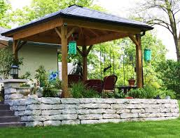 outdoor sitting area someone a couple houses over built something like this i want it