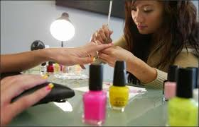 nail salons u0027 workers clients at risk from toxic chemicals