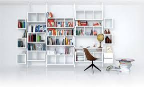 bibliothèque avec bureau intégré rangement terre design système blanc bibliothèques design