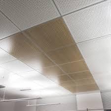 pannelli controsoffitto 60x60 controsoffitto in legno in pannelli a quadrotte acustico