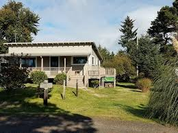 Cottages In Long Beach Wa by Long Beach Real Estate Long Beach Wa Homes For Sale Zillow