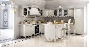 marmorplatte küche klassische küche in holz geschnitzt mit marmorplatte idfdesign
