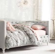Design For Daybed Comforter Ideas Catchy Design For Daybed Comforter Ideas 17 Best Ideas About