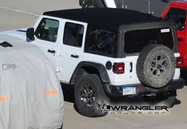 silver jeep rubicon 2 door first look at body color painted hard top on 2018 jeep wrangler jl