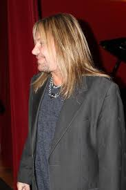 vince neil u0027s tatuado eat drink party restaurant opens at circus