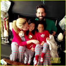 katherine heigl family wear matching jammies