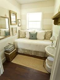 Hgtv Ideas For Small Bedrooms by 10 Dreamy Daybeds We Adore Hgtv Daybed And Bedrooms