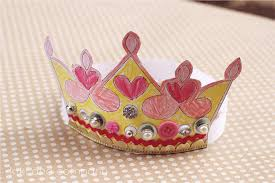 halloween crowns and tiaras printable kings and queens crown free printable the crafting
