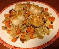 cuisiner des paupiettes de dinde paupiettes de dinde aux raisins et pignons recette de paupiettes