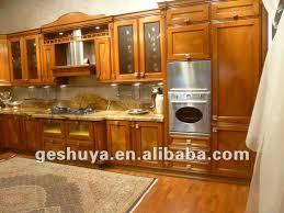 modele de cuisine en bois modele cuisine en bois massif idée de modèle de cuisine