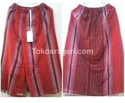 Sarung Gajah Duduk sarung celana buat remaja dengan warna merah terbuat dari sarung
