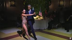 president obama does the tango at argentina state dinner video