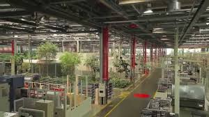 ferrari factory building ferrari manufacturing factory tour youtube