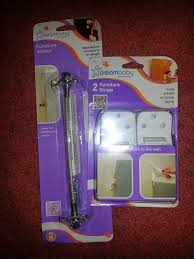 Furniture Wall Straps Momma4life Dreambaby U0027s Furniture Anchors Review Giveaway
