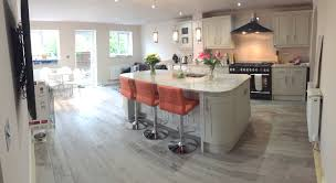 somerton sage magnet kitchen with ivory fantasy granite worktops