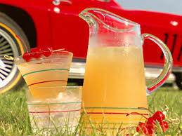Southern Comfort Lime And Lemonade Name Kentucky Lemonade Recipe Sandra Lee Food Network