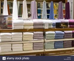 macy u0027s department store towels stock photos u0026 macy u0027s department