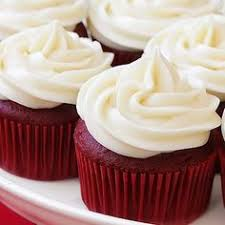 red velvet cupcakes with cream cheese swiss buttercream icing