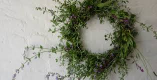 herb wreath a useful garden herb wreath apple edible gardensstar apple