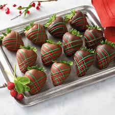 where to buy chocolate dipped strawberries 88 best choc dipped strawberries images on chocolate