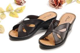womens boots in narrow width clarks sandals narrow width clarks s petal chocolate