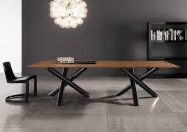 van dyck table restaurant tables from minotti architonic