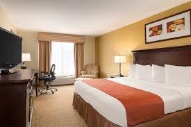 hotels with 2 bedroom suites in savannah ga north savannah hotel country inn suites savannah i 95 north