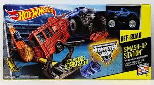 wheels monster truck jam wheels monster jam smash up station set catch the deal