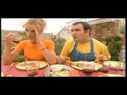 un gars une fille dans la cuisine jeffinfrance s amara