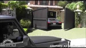 kanye lamborghini aventador kanye s assistant crashes his lamborghini aventador matte