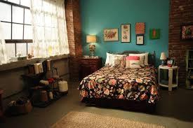 New Girl Bedroom | new girl style recreate jess nanna chic bedroom