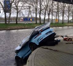 porsche gt3 colors gulf livery colors porsche 991 gt3 rs falls in water in front of