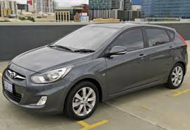 hyundai accent i20 small cars 2012 review carsguide