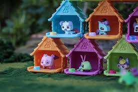 amazon com animal jam adopt a pet series 1 blind bag house