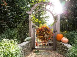 Front Door Arbor by Get Inspired For Fall With These Outdoor Decorating Ideas Diy