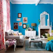 how to make a small room look bigger and cozier