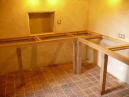 comment poser un plan de travail dans une cuisine comment fixer un plan de beau installer plan de travail sans meuble